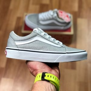 💵 MARCH SALES 💵 Vans Old Skool Silver White